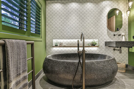 Bathroom Design Natalie Du Bois / Photographer Jamie Cobel