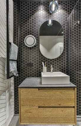 Bathroom Designed by Du Bois Design/Photographer Jamie Cobel